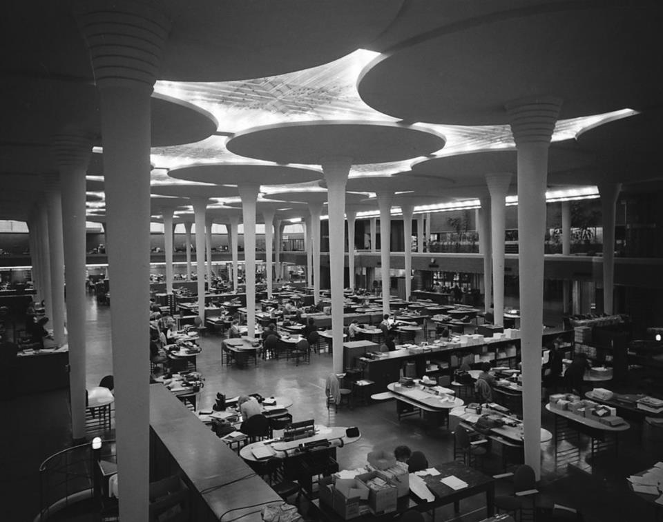 Johnson Wax Building, Frank Lloyd Wright.