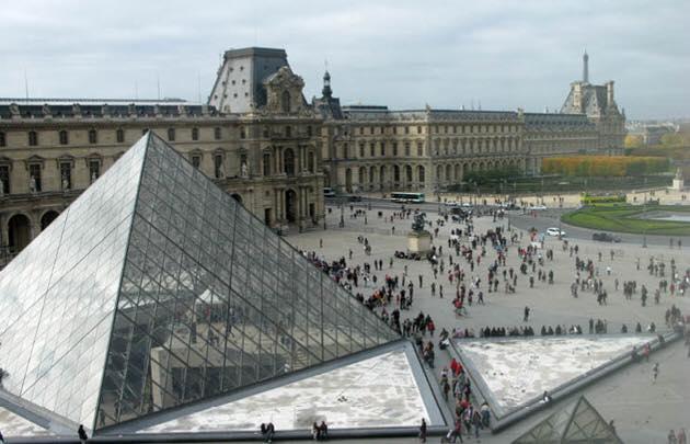 Museo del Louvre, Paris (Francia).