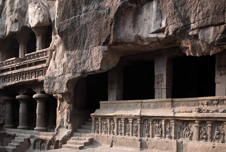 Kailashanta o Kailash (montaña sagrada), la residencia de Shiva, dios de la creación y de la destrucción.