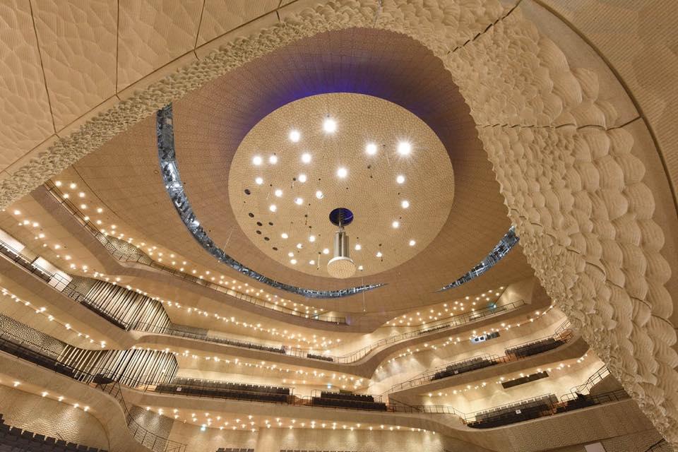 Elbphilharmonie de Hamburgo, interior.