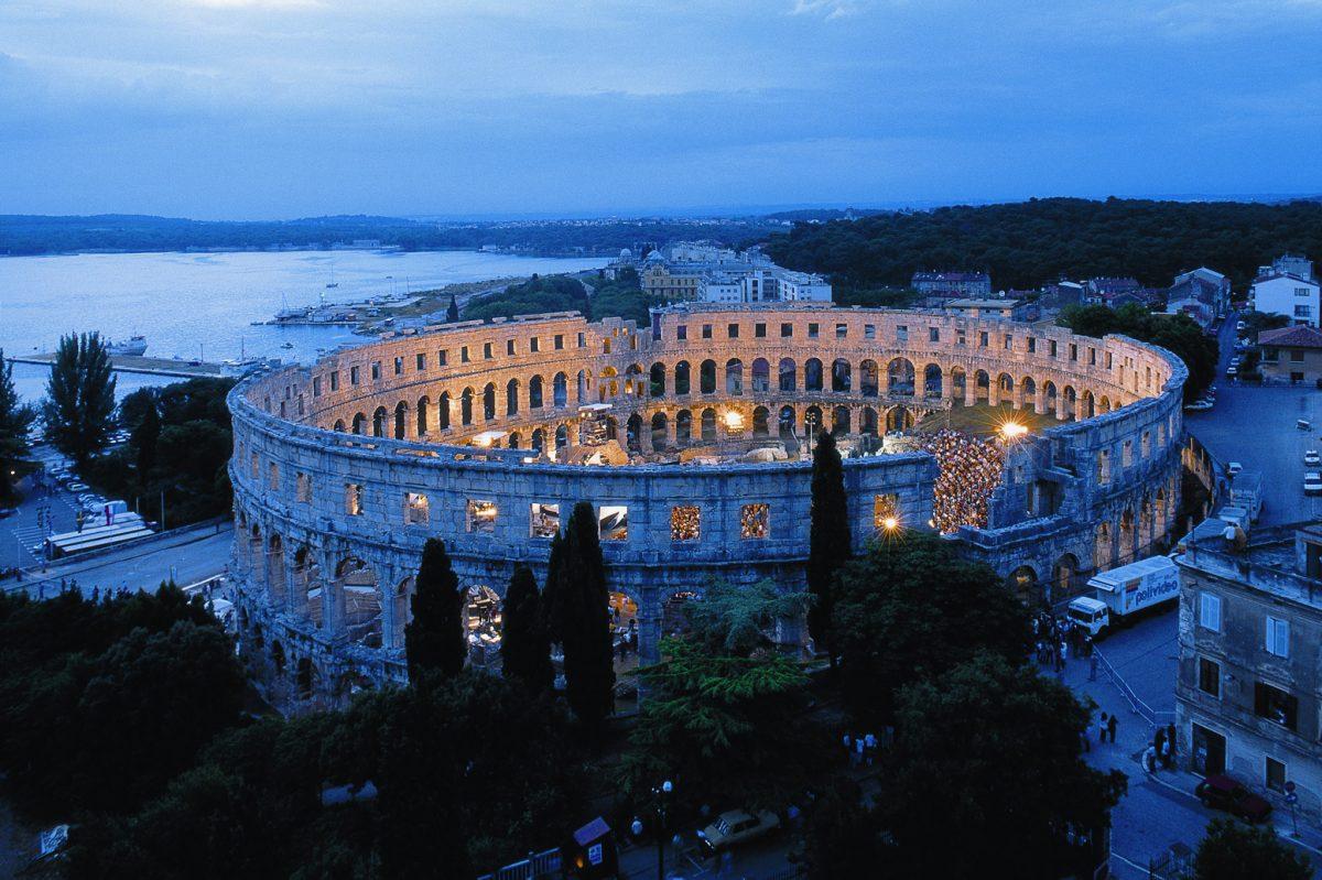 Anfiteatro de Pula.