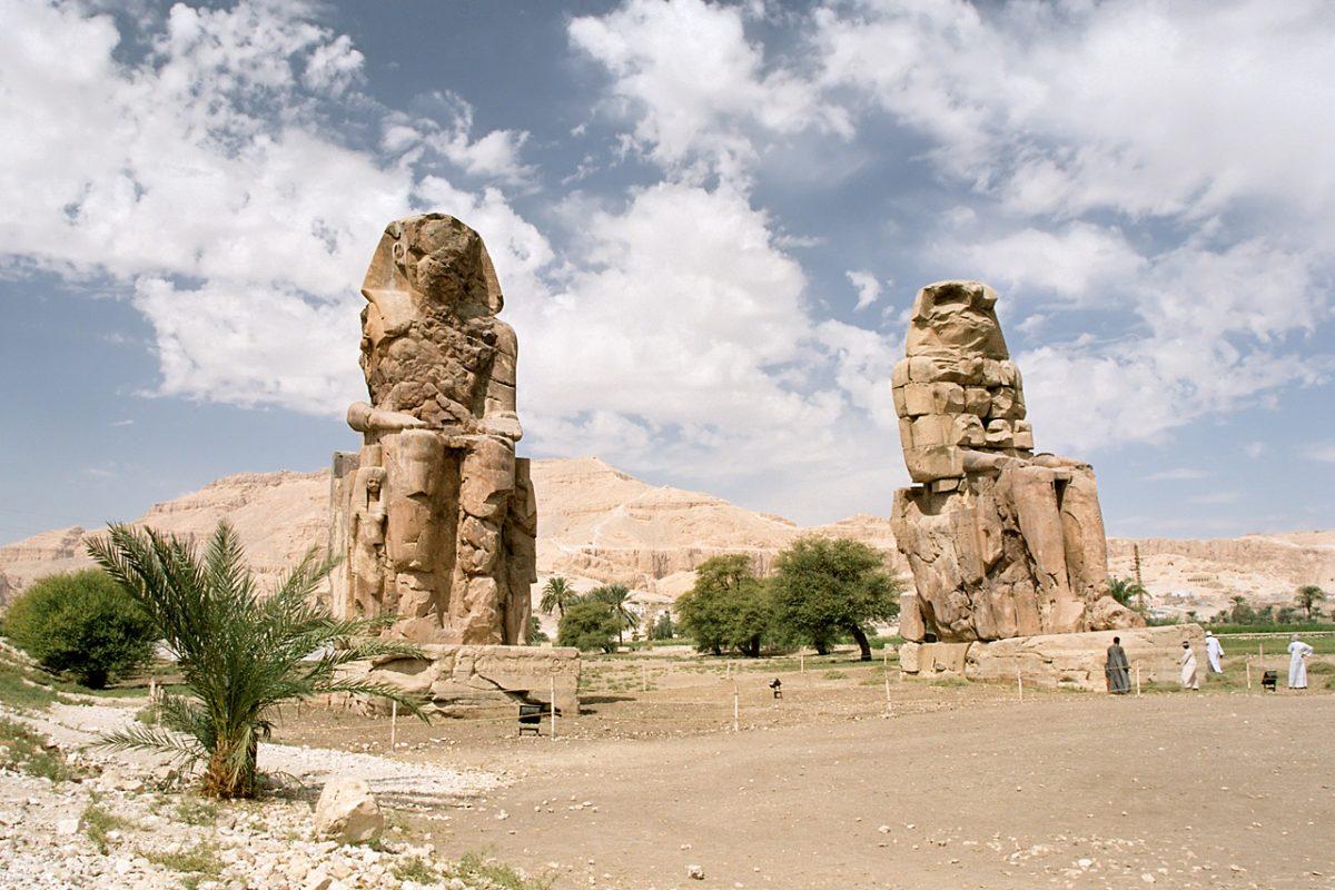 Los colosos de Memnón.